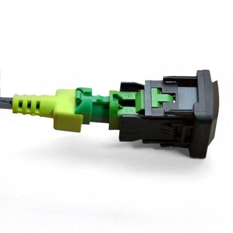 Штатный AUX и USB-кабель для Volkswagen с системой RNS510 / RCD510 Превью 3